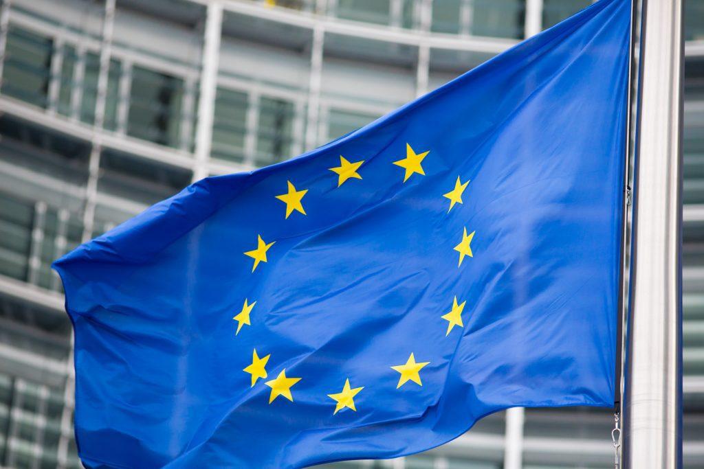 Fusión de sociedades. Bandera europea